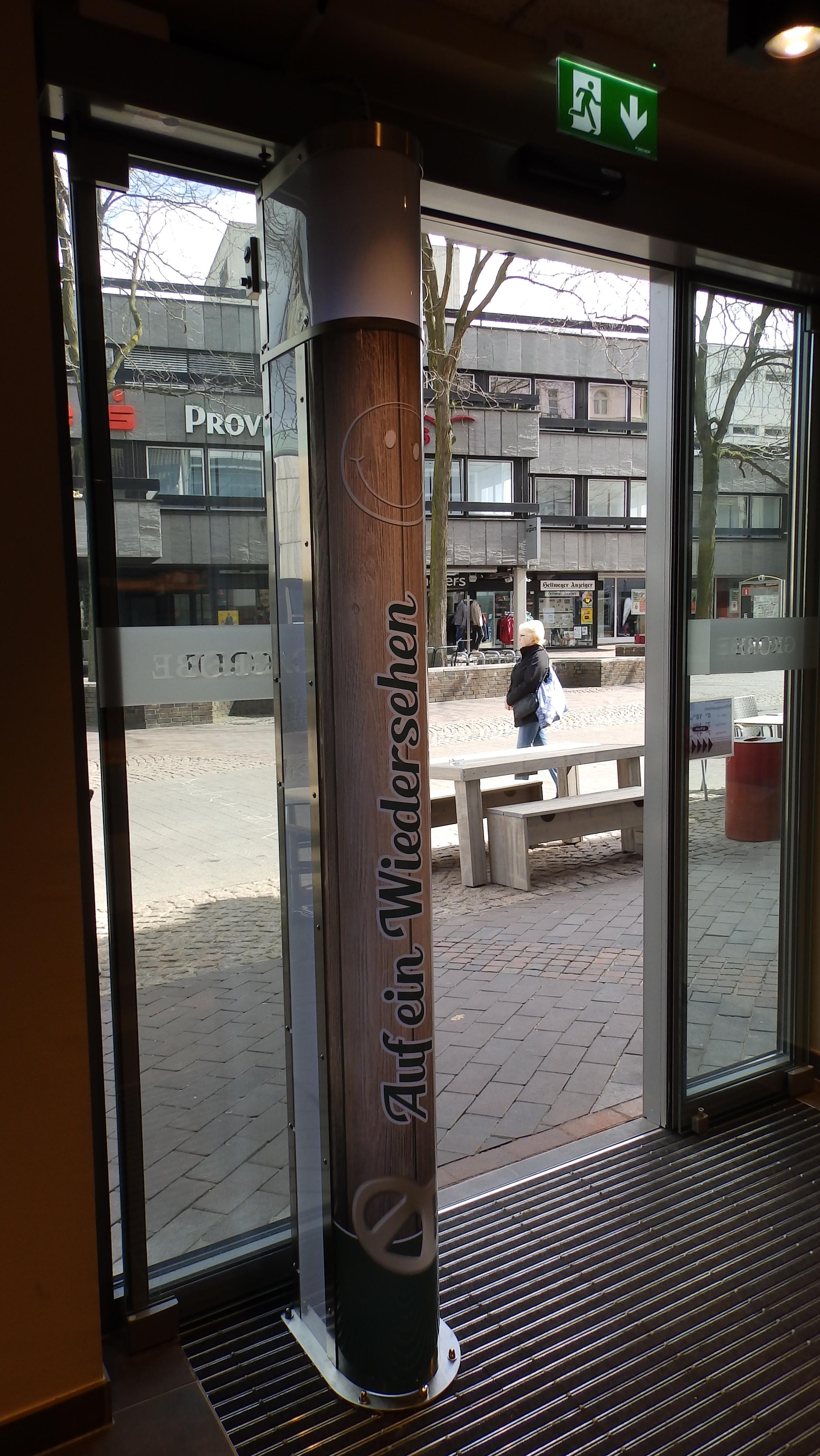 MKT ESM-Eingangs- und Ausgangsbereich in der Bäckerei Grobe